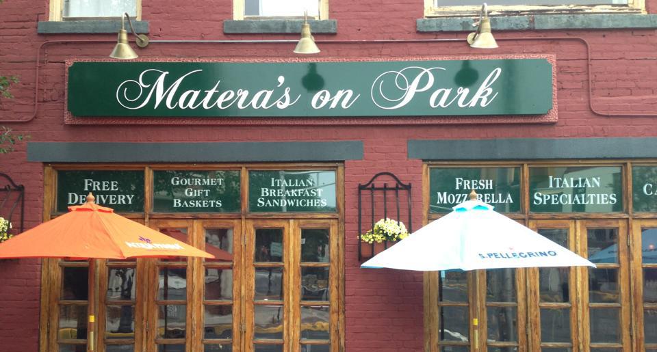 """A Rutherford nello stato del New Jersey U.S.A. """"Matera's on Park"""""""